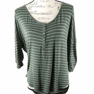 Tops - Scoop Neck Button Top Roll Up Sleeves Green M